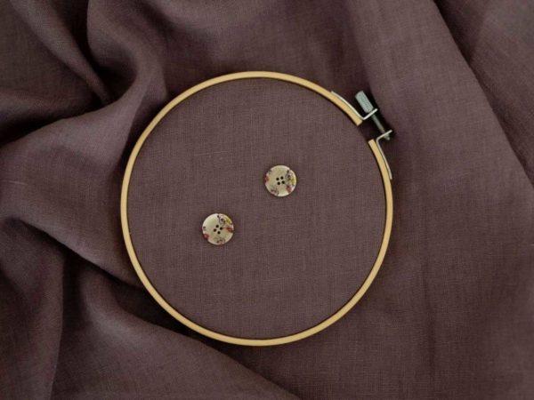 Knöpfe Blümchen 23 mm   Beige