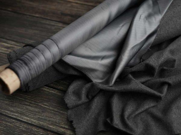 Futterstoff mit Streifen | Grau